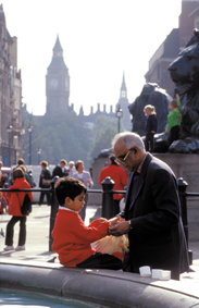 Father and child in front of parliament